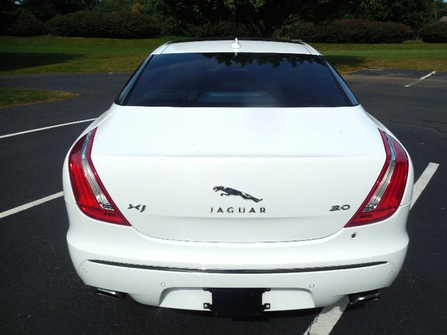 2013 Jaguar XJ Leesburg, Virginia 9
