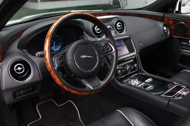 2013 Jaguar XJ AWD - PORTFOLIO PKG! Mooresville , NC 31