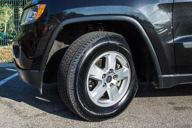 2013 Jeep Grand Cherokee Laredo - AUTO - 57K MILES - TOW PKG - NEW TIRES Reseda, CA 12