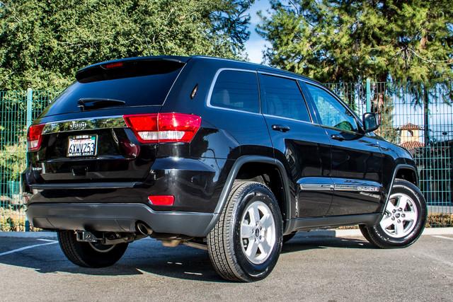 2013 Jeep Grand Cherokee Laredo - AUTO - 57K MILES - TOW PKG - NEW TIRES Reseda, CA 9