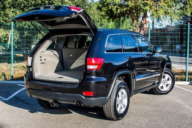 2013 Jeep Grand Cherokee Laredo - AUTO - 57K MILES - TOW PKG - NEW TIRES Reseda, CA 11