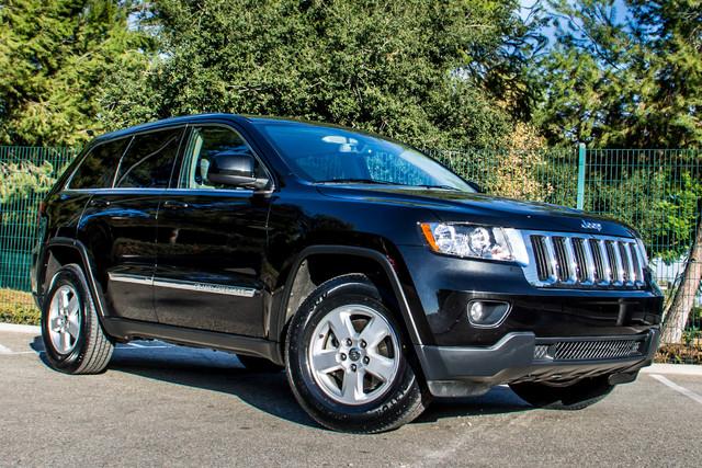 2013 Jeep Grand Cherokee Laredo - AUTO - 57K MILES - TOW PKG - NEW TIRES Reseda, CA 4