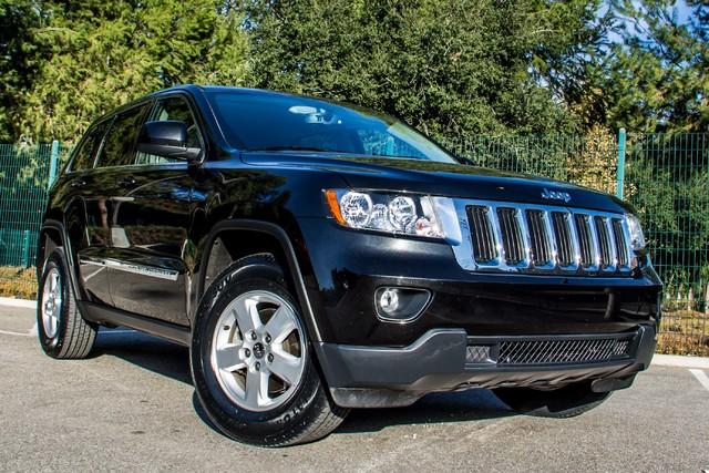 2013 Jeep Grand Cherokee Laredo - AUTO - 57K MILES - TOW PKG - NEW TIRES Reseda, CA 43