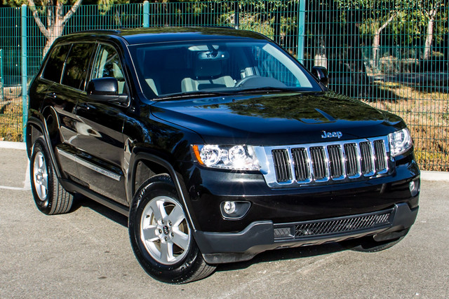 2013 Jeep Grand Cherokee Laredo - AUTO - 57K MILES - TOW PKG - NEW TIRES Reseda, CA 41