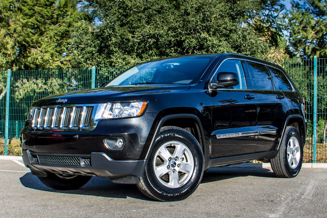 2013 Jeep Grand Cherokee Laredo - AUTO - 57K MILES - TOW PKG - NEW TIRES Reseda, CA 2