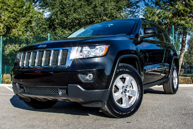 2013 Jeep Grand Cherokee Laredo - AUTO - 57K MILES - TOW PKG - NEW TIRES Reseda, CA 39