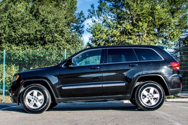 2013 Jeep Grand Cherokee Laredo - AUTO - 57K MILES - TOW PKG - NEW TIRES Reseda, CA 5