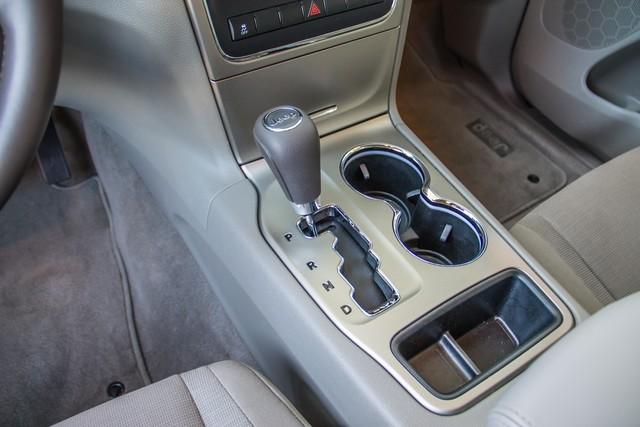 2013 Jeep Grand Cherokee Laredo - AUTO - 57K MILES - TOW PKG - NEW TIRES Reseda, CA 27