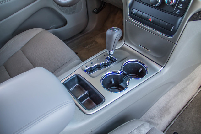 2013 Jeep Grand Cherokee Laredo - AUTO - 57K MILES - TOW PKG - NEW TIRES Reseda, CA 26