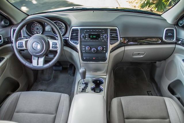 2013 Jeep Grand Cherokee Laredo - AUTO - 57K MILES - TOW PKG - NEW TIRES Reseda, CA 18