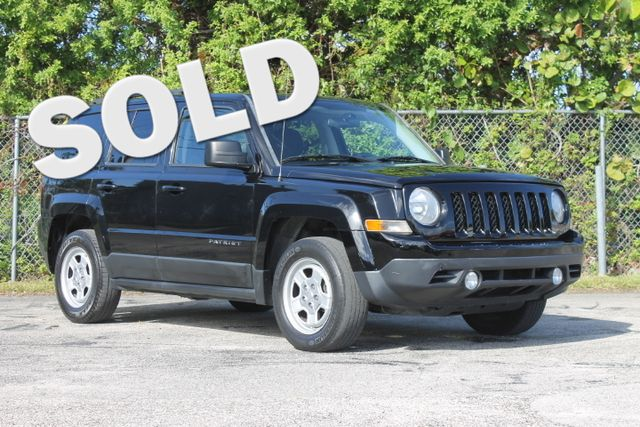 2013 Jeep Patriot Sport  WARRANTY CARFAX CERTIFIED 1 OWNER 10 SERVICE RECORDS FLORIDA VEHIC