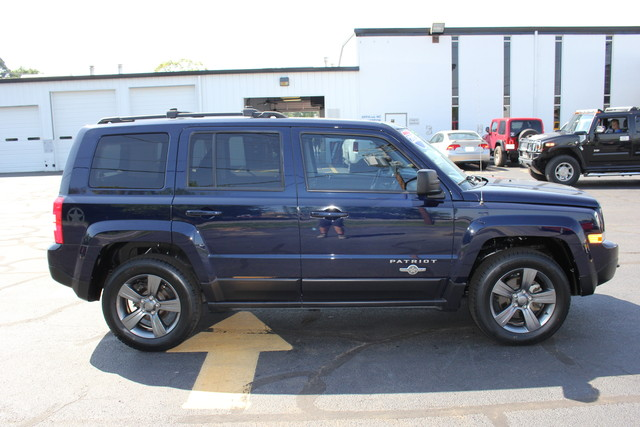 2013 Jeep Patriot Latitude-Heated Leather!! Mooresville , NC 5