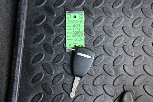 2013 Jeep Patriot Latitude-Heated Leather!! Mooresville , NC 28