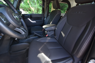 2013 Jeep Wrangler Rubicon Naugatuck, Connecticut 13