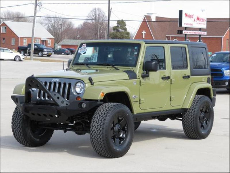 2013 Jeep Wrangler Unlimited Freedom Edition Lifted/Rockstars/FoxShocks in Ankeny IA