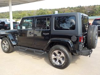 2013 Jeep Wrangler Unlimited Freedom Edition Fayetteville , Arkansas 1