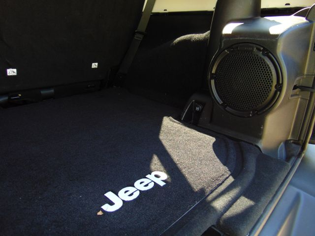 2013 Jeep Wrangler Unlimited Rubicon 10th Anniversary Leesburg, Virginia 14