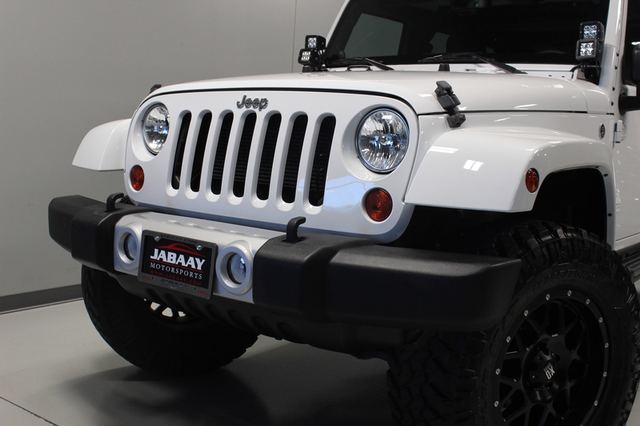 2013 Jeep Wrangler Unlimited Sahara Merrillville, Indiana 27