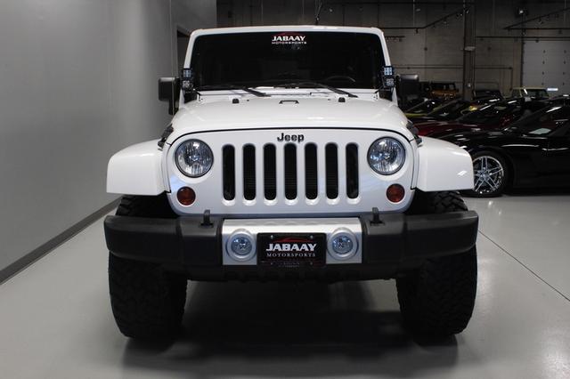 2013 Jeep Wrangler Unlimited Sahara Merrillville, Indiana 7