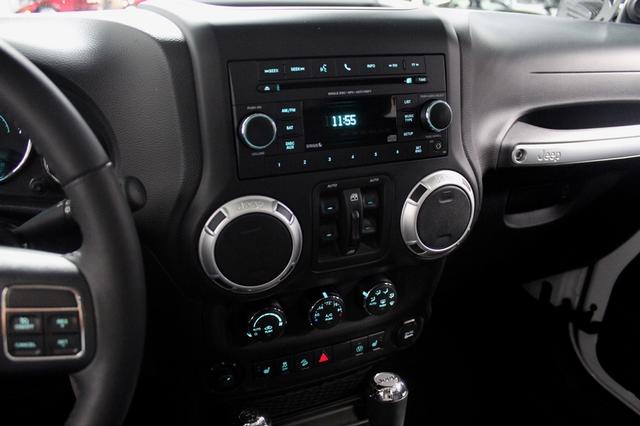 2013 Jeep Wrangler Unlimited Sahara Merrillville, Indiana 19