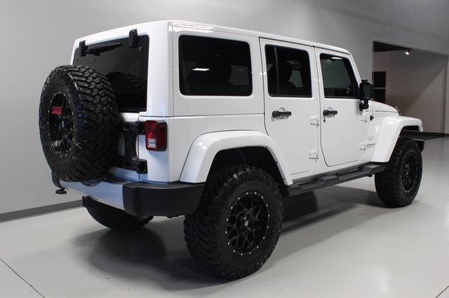 2013 Jeep Wrangler Unlimited Sahara Merrillville, Indiana 4