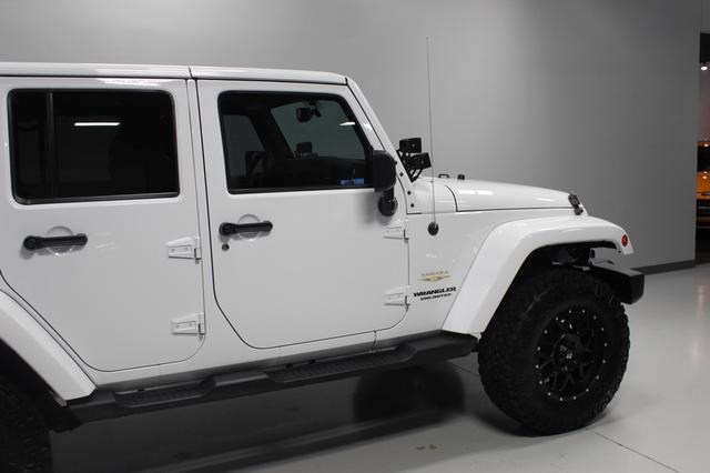 2013 Jeep Wrangler Unlimited Sahara Merrillville, Indiana 37