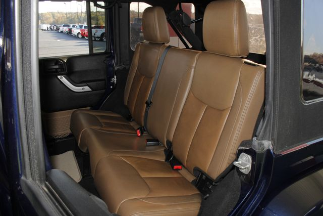 2013 Jeep Wrangler Unlimited Rubicon 4X4 - NAVIGATION - HEATED LEATHER - WINCH! Mooresville , NC 11
