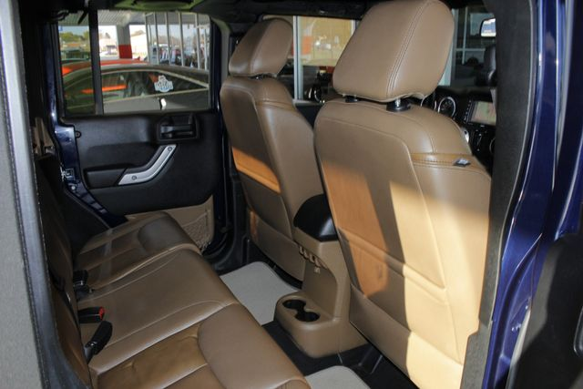 2013 Jeep Wrangler Unlimited Rubicon 4X4 - NAVIGATION - HEATED LEATHER - WINCH! Mooresville , NC 42