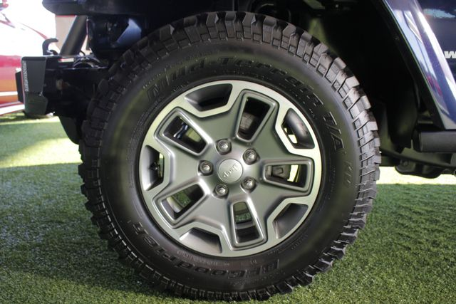 2013 Jeep Wrangler Unlimited Rubicon 4X4 - NAVIGATION - HEATED LEATHER - WINCH! Mooresville , NC 21