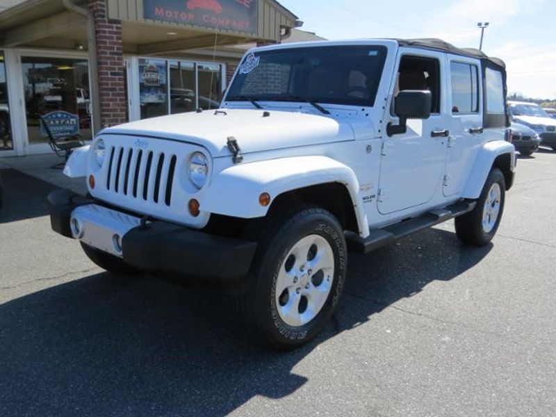 2013 Jeep Wrangler Unlimited Sahara | Mooresville, NC | Mooresville Motor Company in Mooresville NC