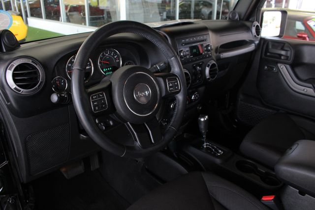 2013 Jeep Wrangler Unlimited Sport 4X4 - LIFTED - EXTRA$ - BLUETOOTH! Mooresville , NC 27