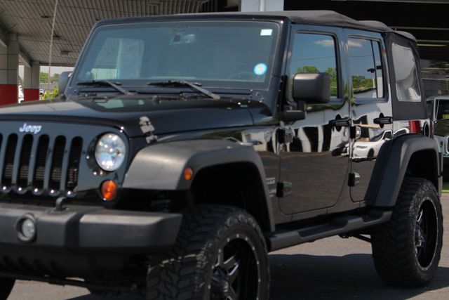 2013 Jeep Wrangler Unlimited Sport 4X4 - LIFTED - EXTRA$ - BLUETOOTH! Mooresville , NC 25
