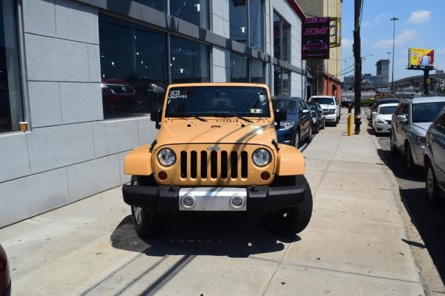 2013 Jeep Wrangler Unlimited Sahara Richmond Hill, New York 2