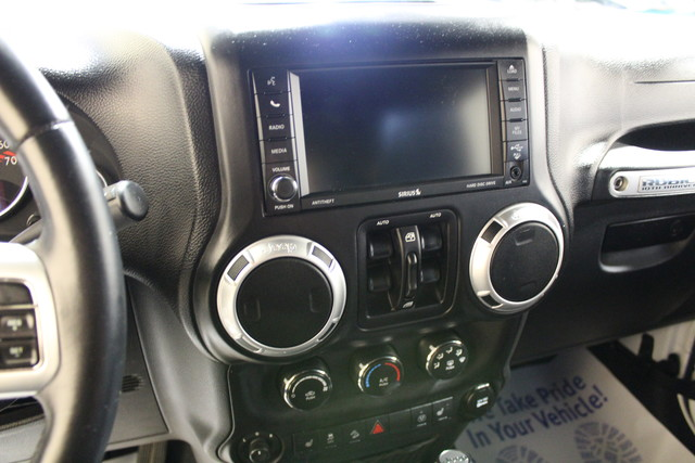 2013 Jeep Wrangler Unlimited Rubicon 10th Anniversary Roscoe, Illinois 24