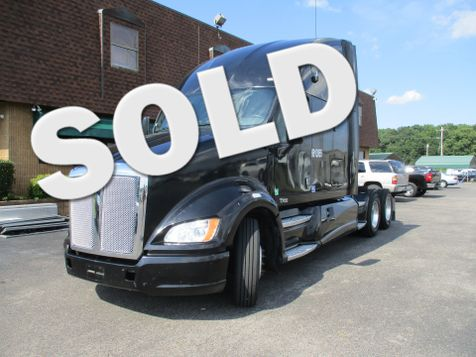 2013 Kenworth T700  in Memphis, Tennessee