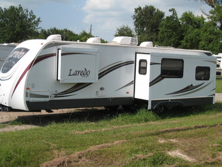 2013 For Rent- 30' Laredo   Rear Living with Slideout Katy, Texas