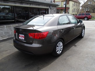 2013 Kia Forte EX Milwaukee, Wisconsin 3
