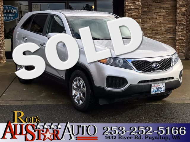 2013 Kia Sorento LX AWD This vehicle is a CarFax certified one-owner used car Pre-owned vehicles