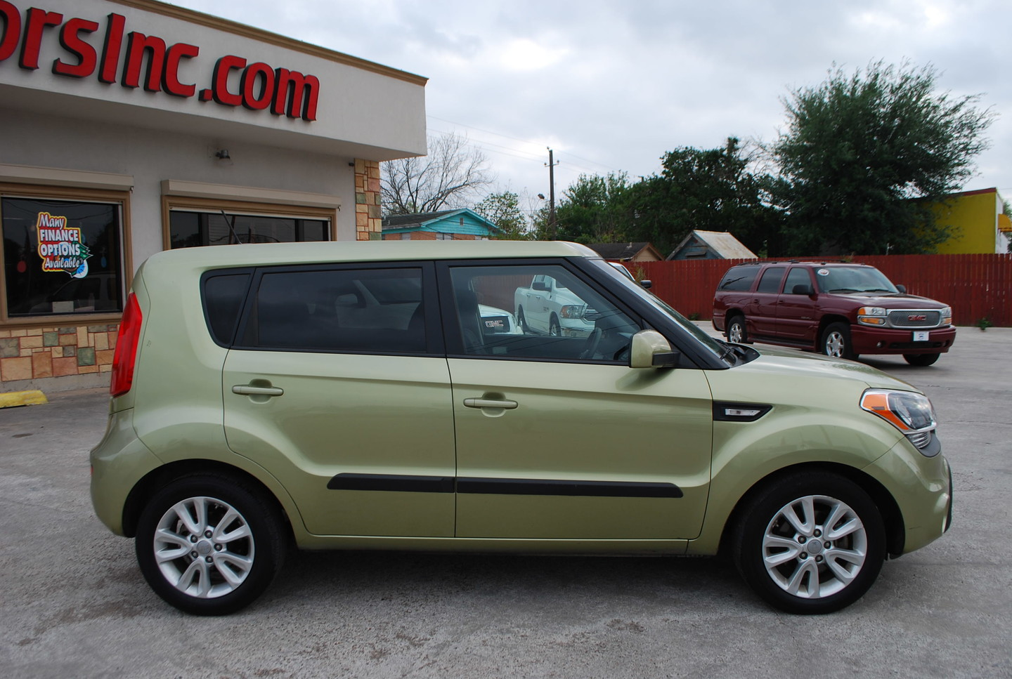 2013 Kia Soul Base Brownsville Tx English Motors: english motors inc