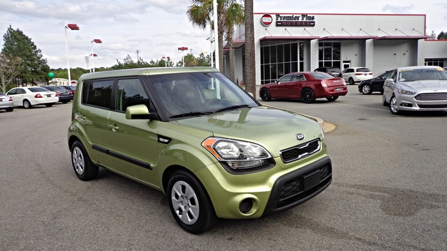 2013 Kia Soul Base DISCLOSURE Internet pricing is subject to change daily It is a BUY-OUTRIGHT P