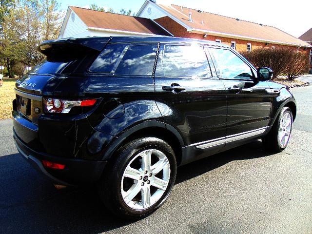 2013 Land Rover Range Rover Evoque Pure Plus Leesburg, Virginia 3