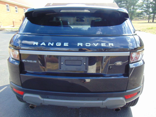 2013 Land Rover Range Rover Evoque Pure Plus Leesburg, Virginia 7