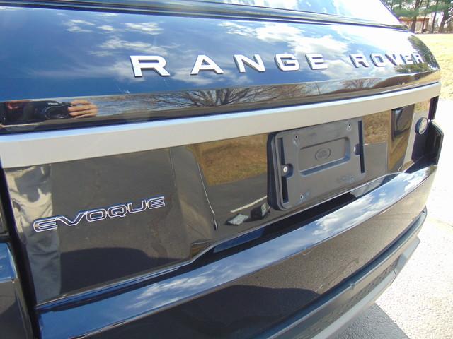 2013 Land Rover Range Rover Evoque Pure Plus Leesburg, Virginia 8