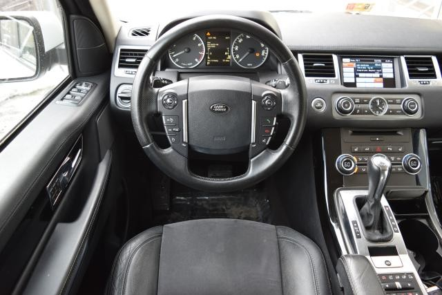 2013 Land Rover Range Rover Sport HSE Richmond Hill, New York 24
