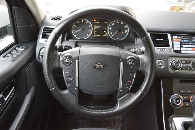 2013 Land Rover Range Rover Sport HSE Richmond Hill, New York 26