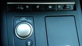 2013 Lexus ES 350 4dr Sdn East Haven, CT 29