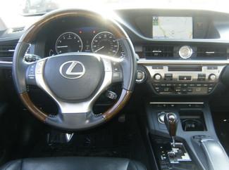 2013 Lexus ES 350 4dr Sdn Los Angeles, CA 7
