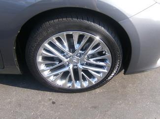 2013 Lexus ES 350 4dr Sdn Los Angeles, CA 12