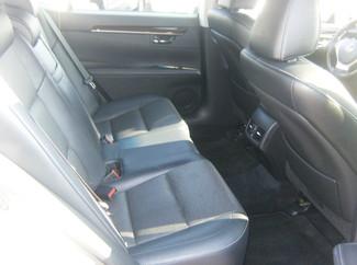 2013 Lexus ES 350 4dr Sdn Los Angeles, CA 10