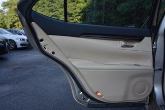 2013 Lexus ES 350 4dr Sdn Naugatuck, Connecticut 12